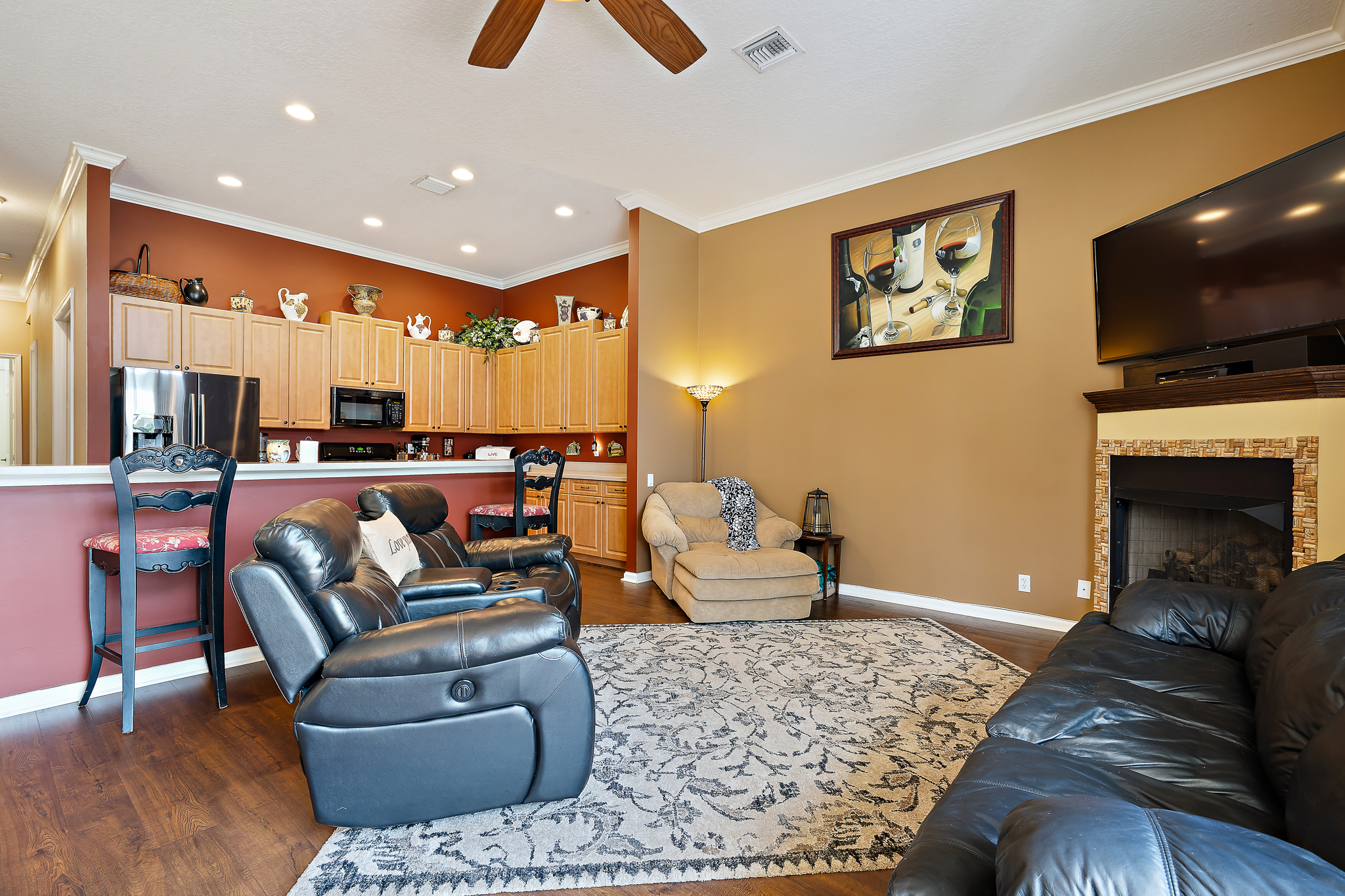 large family room - melissa conrad